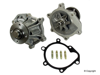 FJ80 WATER PUMP, 9208-97